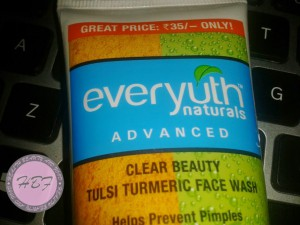 everyuth-tulsi-turmeric-face-wash-review-3-
