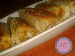 potato-and-green-peas-bread-rolls