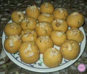Besan-ke-laddu-recipe