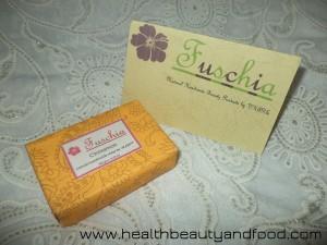 fuschia-cinnamon-soap