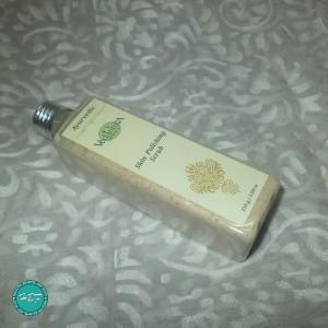 Vedantika-Herbals-Skin-Polishing-Scrub