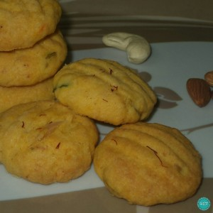 Eggless-Saffron-Nuts-Cookies-recipe