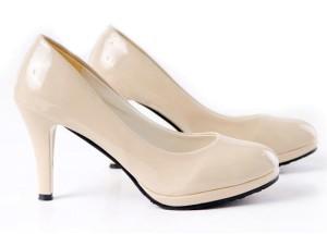 dresslink-beige-shoes