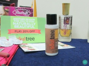 Soultree-Aloe-&-Rose-water-with-Skin-Toning-Licorice-Cleanser